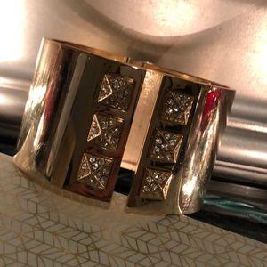 Limited addition VS bracelet